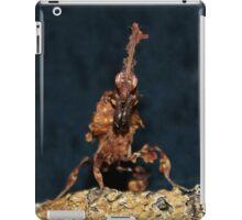 Ghost Mantis - Phyllocrania paradoxa iPad Case/Skin