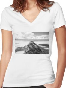 Fallen palm tree in black and white Women's Fitted V-Neck T-Shirt