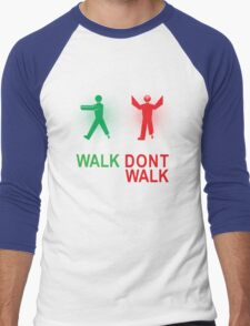 Walking Dead Survival Guide Men's Baseball ¾ T-Shirt