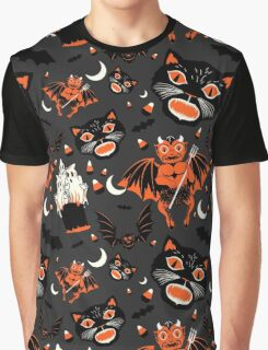 Vintage Halloween Pattern Graphic T-Shirt