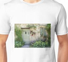 Typical Cotswolds house facade, UK Unisex T-Shirt