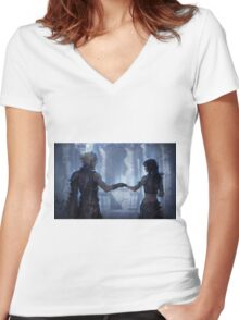 Cloud Strife and Tifa Lockhart Women's Fitted V-Neck T-Shirt