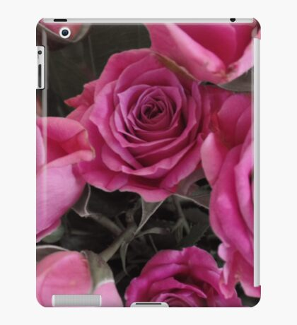 Pop out Roses iPad Case/Skin
