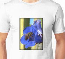 Bee Photogenic  T-Shirt