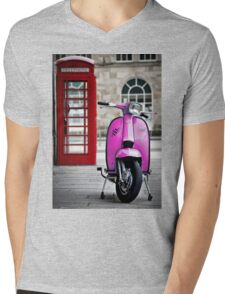 Italian Pink Lambretta GP Scooter Mens V-Neck T-Shirt