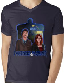Partners In Crime Doctor Who Tenth Doctor Donna Noble David Tennant Catherine Tate #DTfan4life  Mens V-Neck T-Shirt