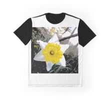 Transparent Daffodil Graphic T-Shirt