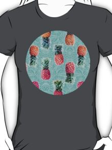 From Pineapple to Pink - tropical doodle pattern on mint T-Shirt
