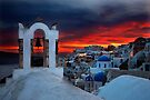 Oia sunset by Hercules Milas