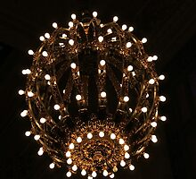 Vintage Light, Grand Central, NYC by shoelock
