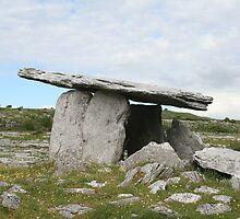 Poulnabrone dolmen, Celtic Ireland by shoelock