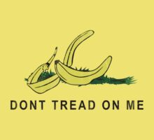 Vintage Banana Gadsen Flag Spoof by medallion