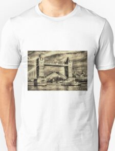 Tower Bridge London Vintage Unisex T-Shirt