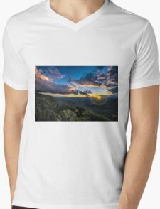 Sunset over Megalong Valley Mens V-Neck T-Shirt