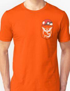 TEAM MYSTIC POCKET Unisex T-Shirt