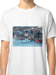 St. John's Newfoundland town and harbor   NL Classic T-Shirt