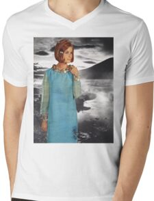 The Lady of the Loch Mens V-Neck T-Shirt