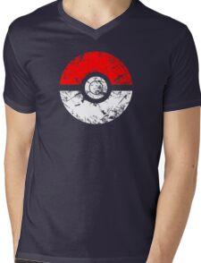 Pokeball - Grunge Mens V-Neck T-Shirt