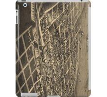 Vintage Bismark North Dakota Map (1883) iPad Case/Skin