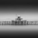 Herne bay Pier by Ian Hufton