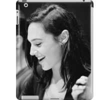 Gal Gadot - Comic Con - Wonder Woman Poster iPad Case/Skin