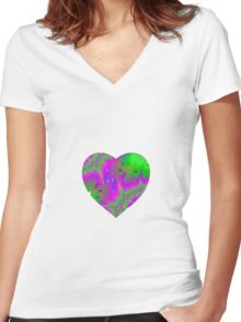 Trippy heart Women's Fitted V-Neck T-Shirt