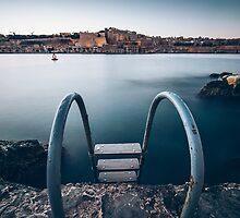 Valletta, Malta by Alessio Michelini