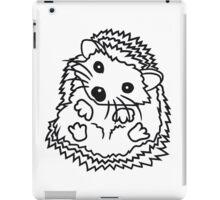 sitzend rund kind baby nachwuchs süßer kleiner niedlicher igel  iPad Case/Skin