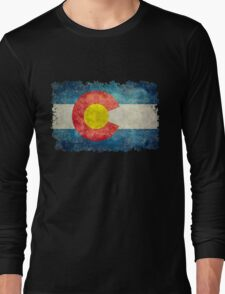 Flag of Colorado in vintage retro style Long Sleeve T-Shirt
