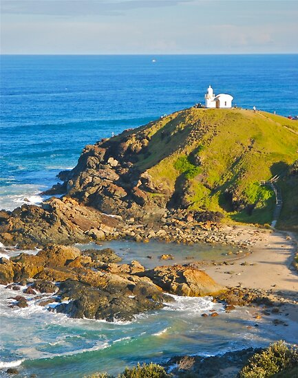Tacking Point Lighthouse by Penny Smith