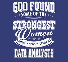 JOB - The Strongest women - Data Analysts T - shirt - Special design and beautiful Unisex T-Shirt