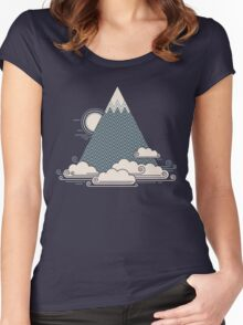 Cloud Mountain Women's Fitted Scoop T-Shirt
