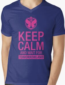 Keep Calm and wait for Tomorrowland festival - Pink Mens V-Neck T-Shirt