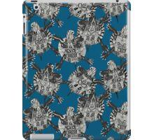 turtle party ocean blue iPad Case/Skin