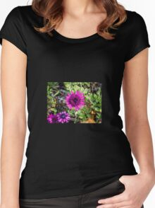 In the Field Women's Fitted Scoop T-Shirt