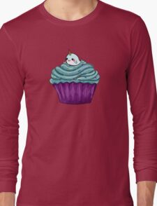 Cupcakes and a cute little unicorn whale Long Sleeve T-Shirt