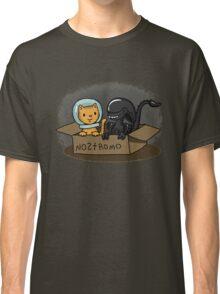 Kitten and Alien Classic T-Shirt