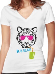 Face of a tiger relax Women's Fitted V-Neck T-Shirt