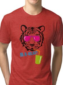 Face of a tiger relax Tri-blend T-Shirt