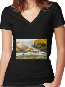 Yellow Stone National Park Women's Fitted V-Neck T-Shirt