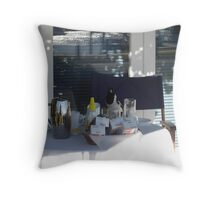 What a Laugh - Maggie 4 Breakfast Throw Pillow