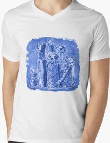 cat mummies Mens V-Neck T-Shirt