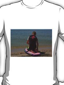 KNEE BOARDING3 T-Shirt