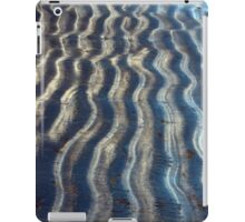 Curvy Lines of a Beach Kissed by Ocean Waves iPad Case/Skin