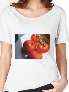 Red Tomatoe Cluster Women's Relaxed Fit T-Shirt