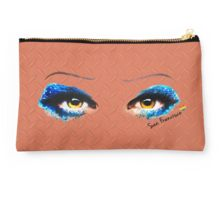 Darren is Hedwig in SF Studio Pouch