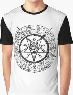 Cthulhu Pentagram Graphic T-Shirt