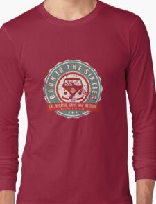 Retro Badge Sixties Red Green Grunge Long Sleeve T-Shirt