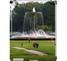 Fountain Of Peace - Pinelawn Memorial Park And Garden Mausoleums | Farmingdale, New York iPad Case/Skin