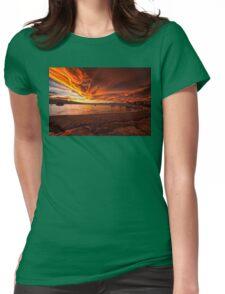 Mono Lake – Skies ablaze Womens Fitted T-Shirt
